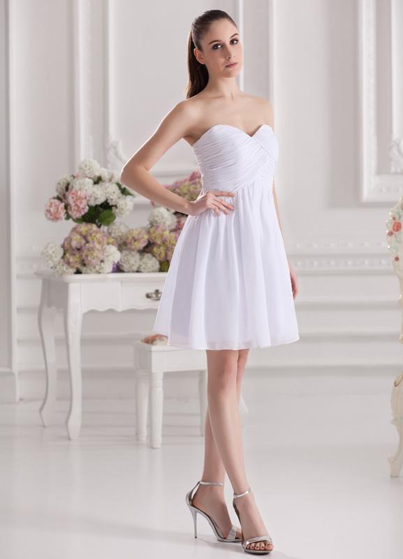 A-line White Chiffon Sweetheart Neck Short Wedding Bridesmaid Dress