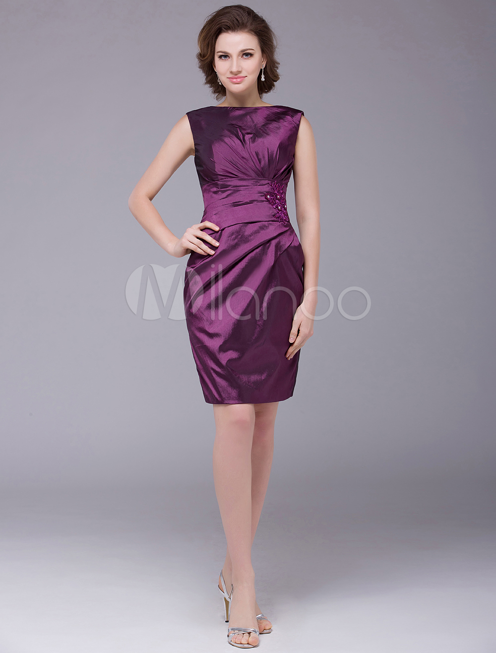 Grape Sheath Bateau Neck Pleated Taffeta Mother of the Bride Dress with Off-The-Shoulder Short Sleeves Wedding Guest Dress