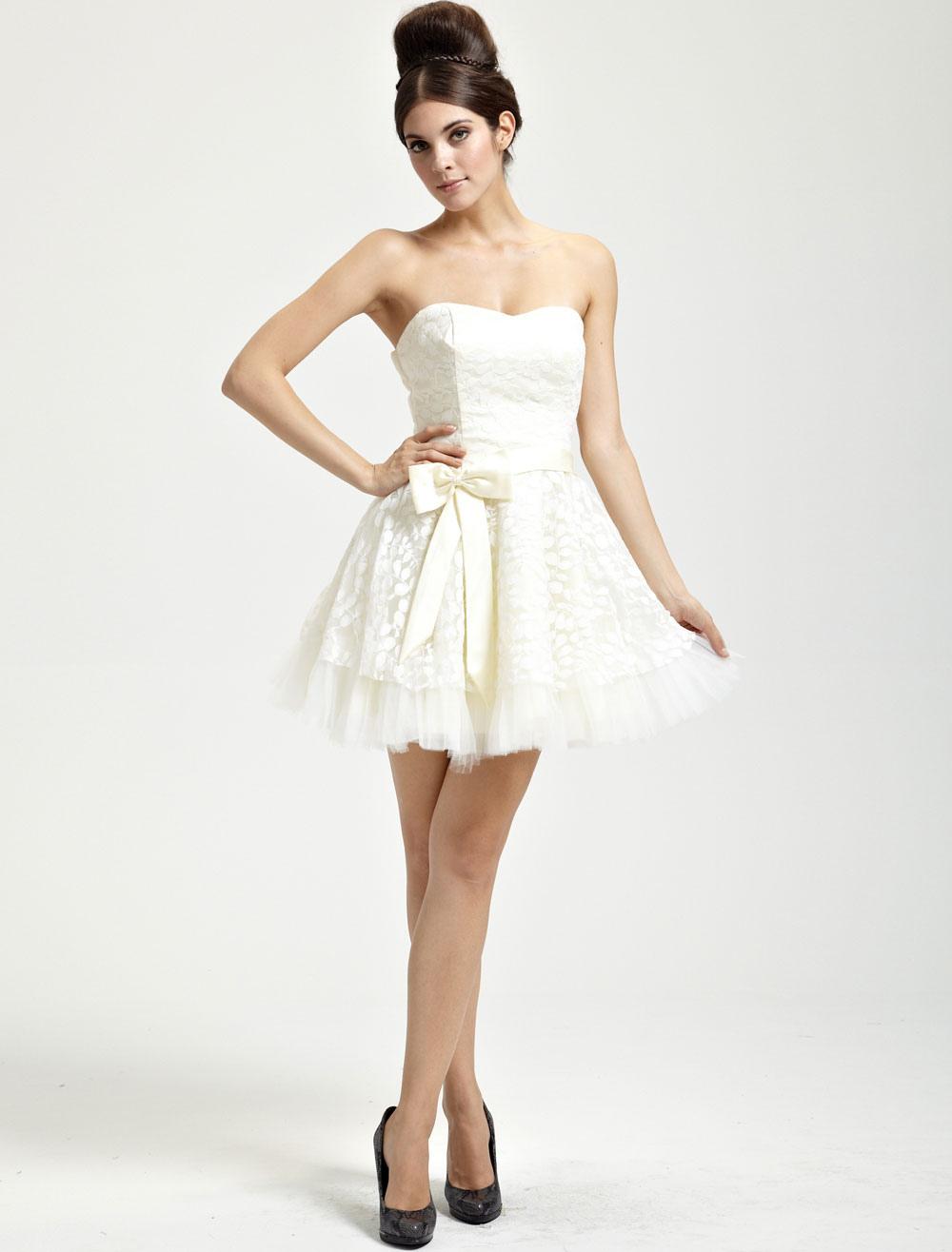 Pretty Ivory Lace Sweetheart Womens Homecoming Dress