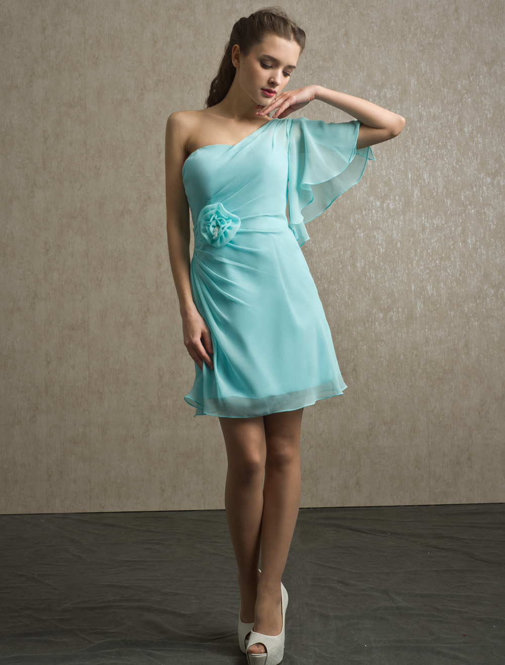 Knee-Length Beading Chiffon Bridesmaid Dress with One-Shoulder Neck