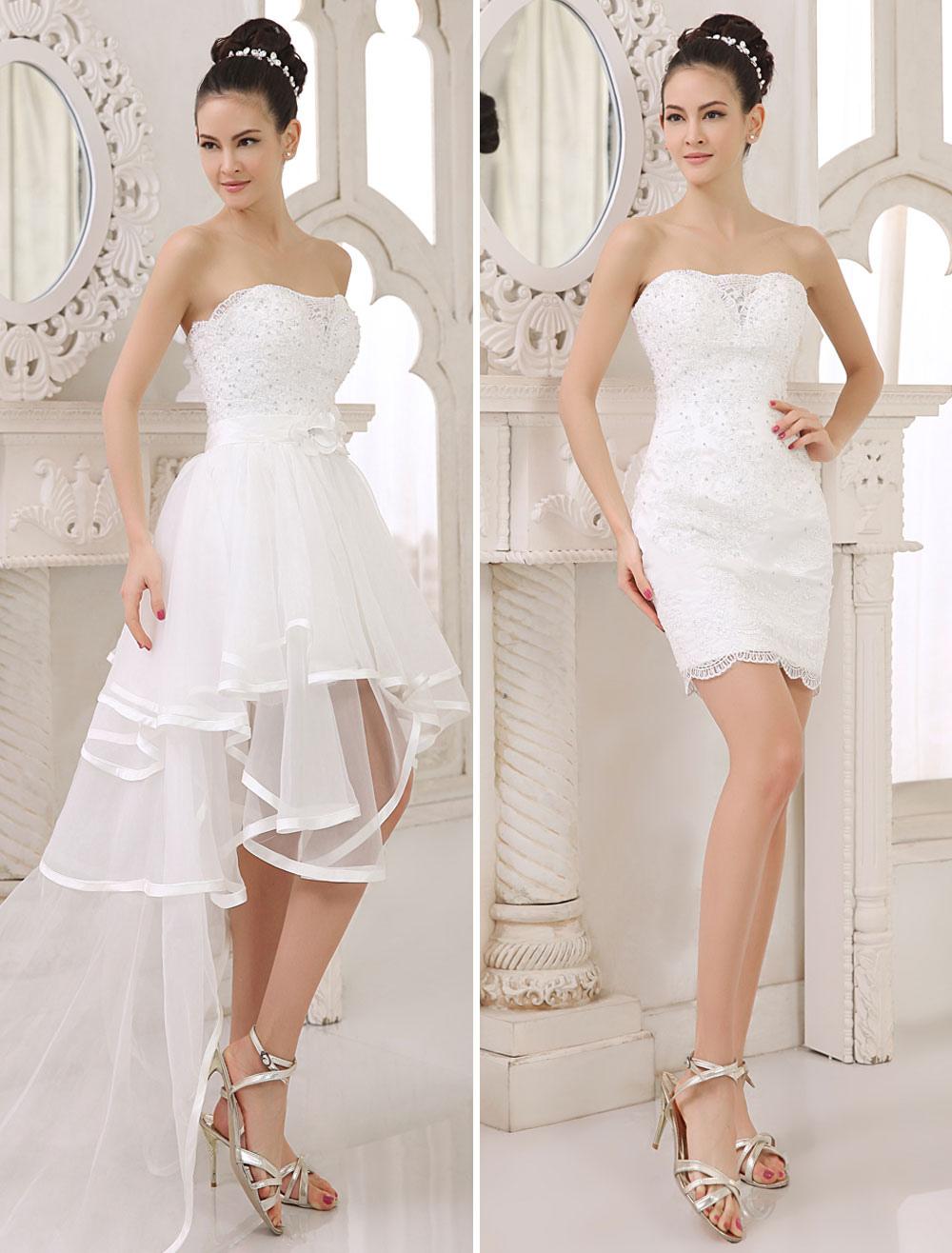 Brautkleid aus Spitze mit abnehmbarer Schleppe in Elfenbeinfarbe ...