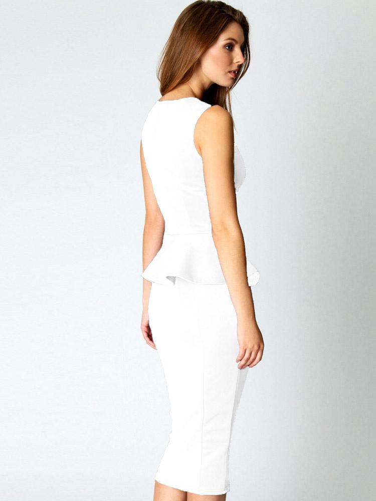 Weißes Kleid Mit Schößchen – Mode-Modell Geschichte
