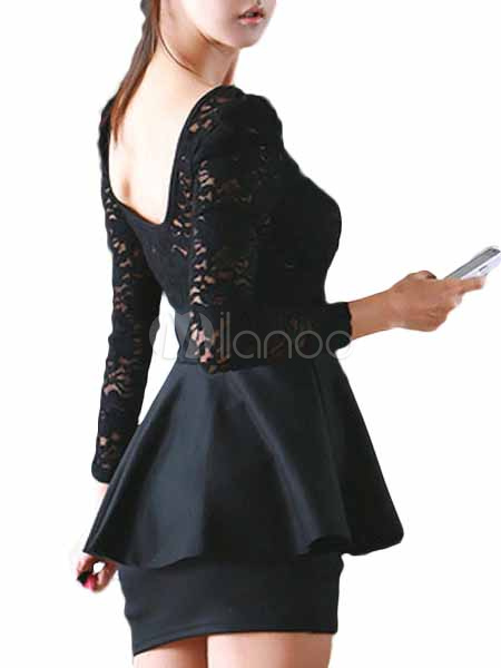 schwarzes kleid aus baumwolle mit sch chen und spitze. Black Bedroom Furniture Sets. Home Design Ideas