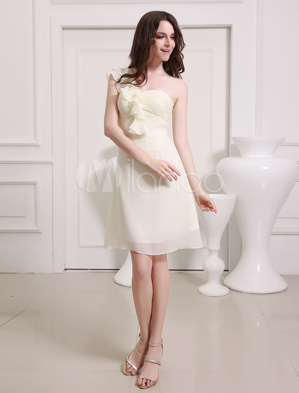 Champagne One-Shoulder A-line Ruffles Chiffon Fashion Bridesmaid Dress