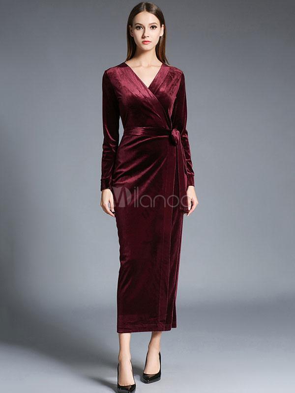 robe longue en velours de soie unicolore moulant fendu col v. Black Bedroom Furniture Sets. Home Design Ideas