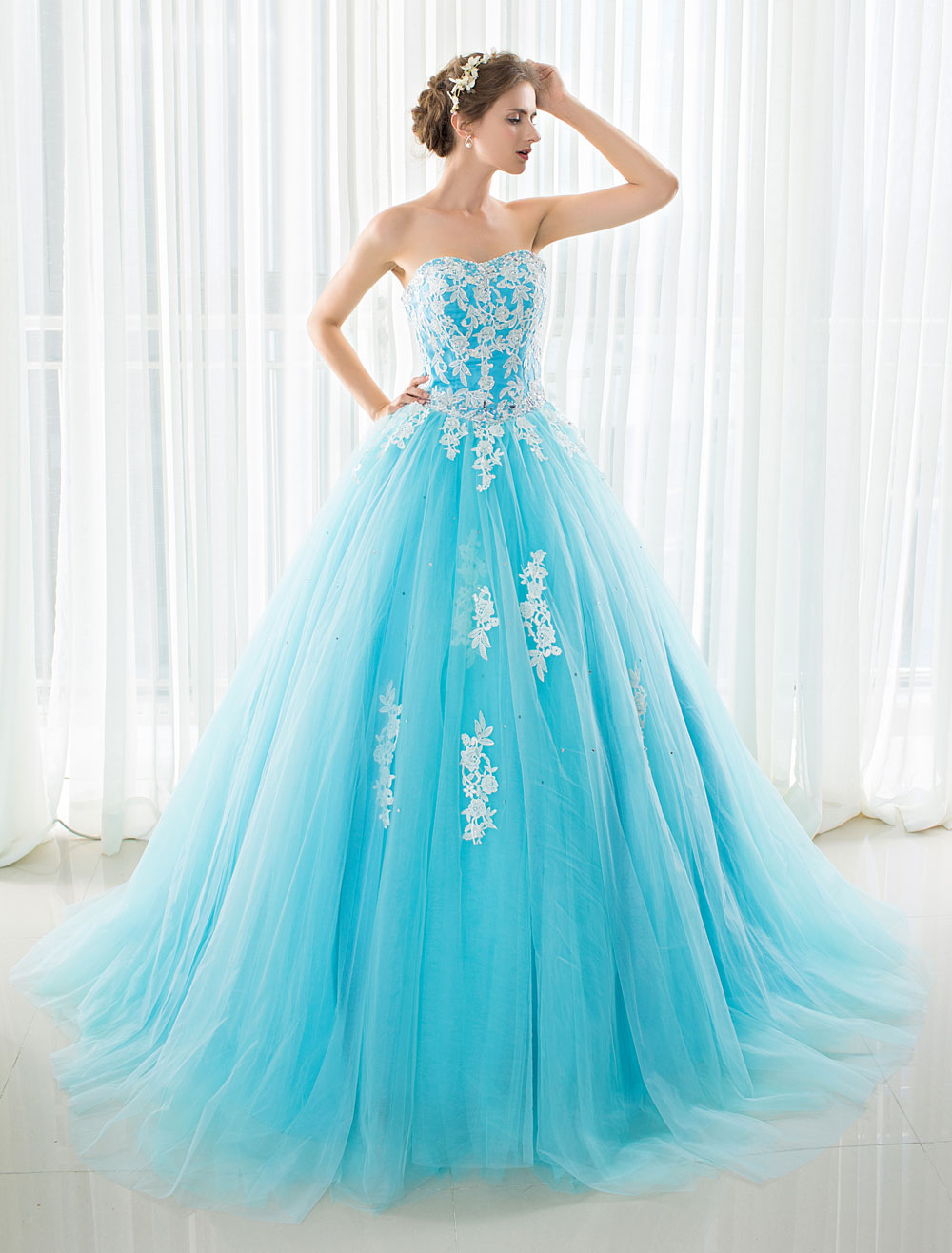 Blue Wedding Dress Lace Applique Tulle Court Train Strapless Sweetheart Lace-up A-line Bridal Gown photo