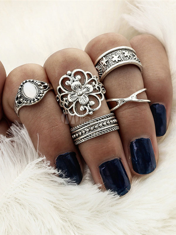 Golden Knuckle Rings Flower Hollow Out Embossed Women's Vintage Ring Set thumbnail