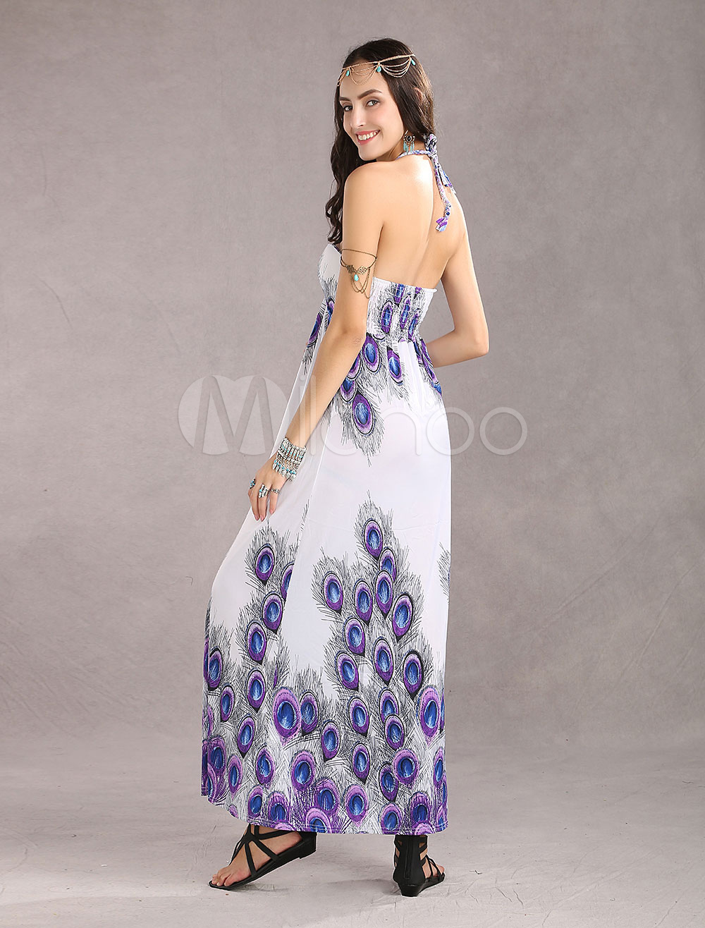 robe longue bleu chiffon r glable encolure d gag e. Black Bedroom Furniture Sets. Home Design Ideas