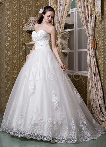 Ivory Sweetheart A line Wedding Dress