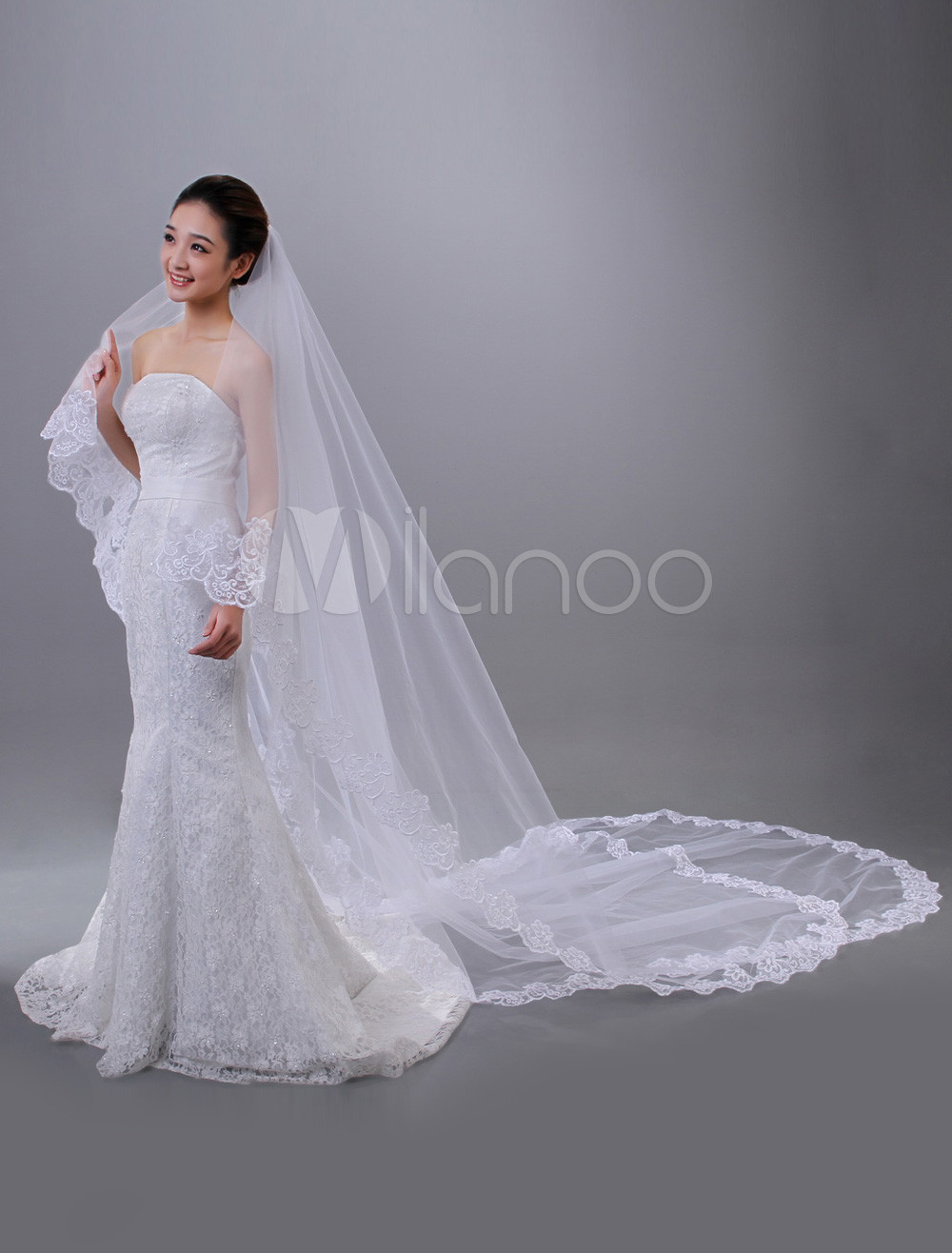 White Two-Tier Embroidery Tulle Oval Wedding Veil