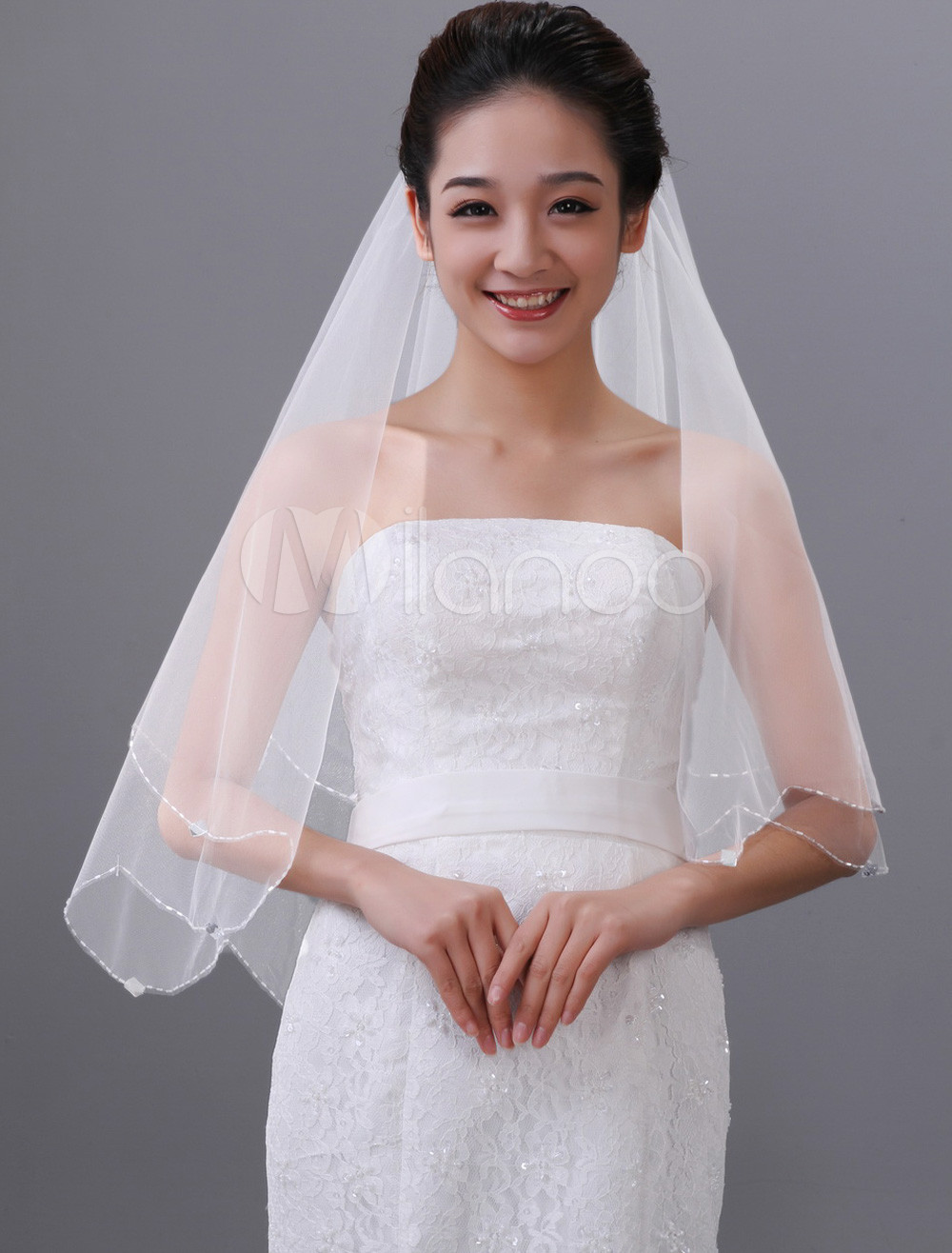 White One-Tier Rhinestone Tulle Wedding Veil