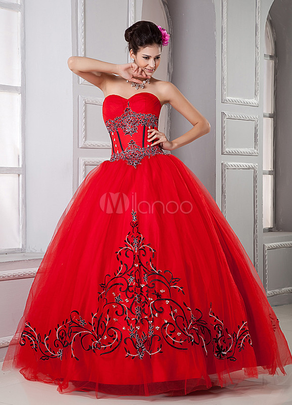 Gorgeous Red Embroidery Sweetheart Quinceanera Dress
