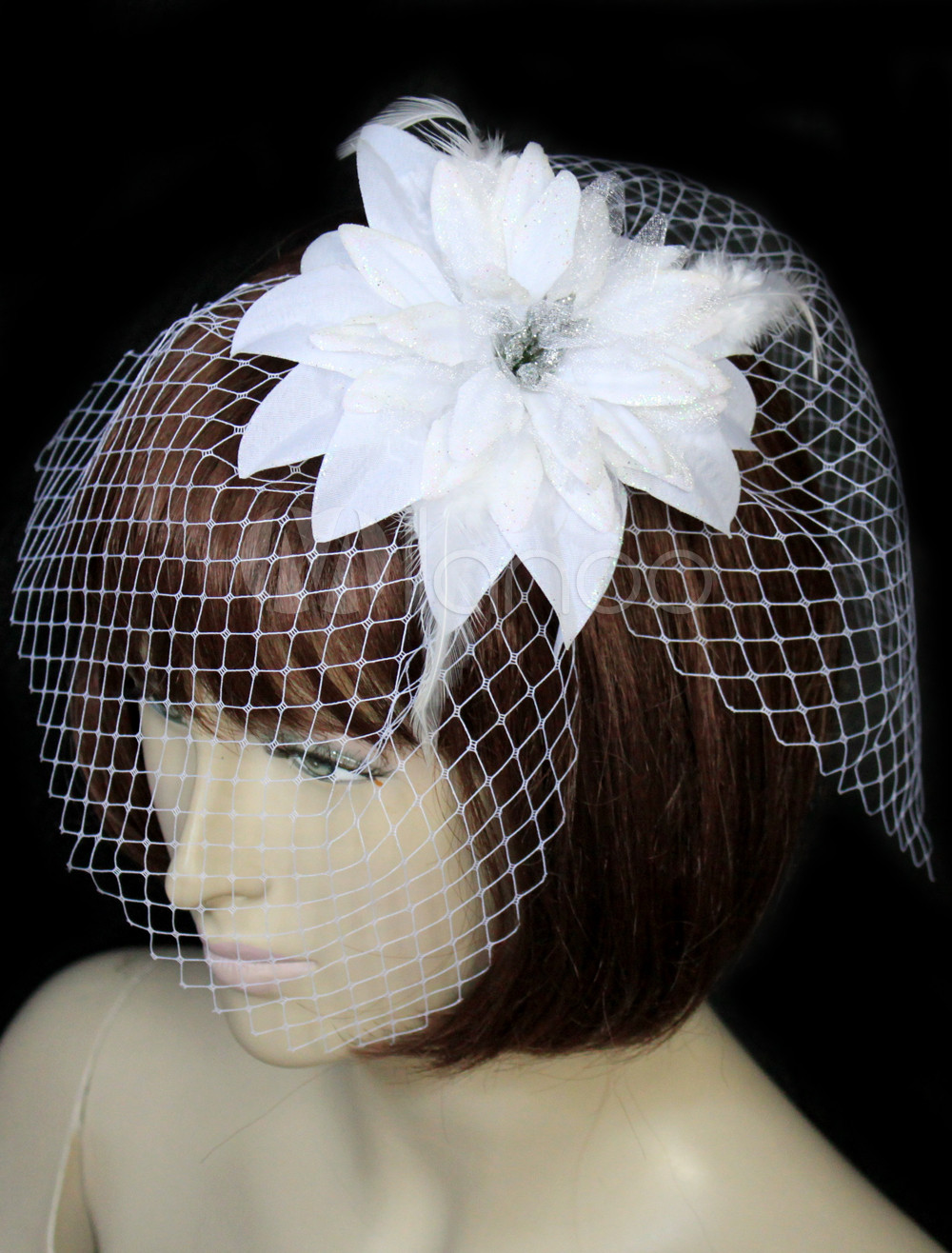 White Daisy One-Tier Tulle Bridal Wedding Veil