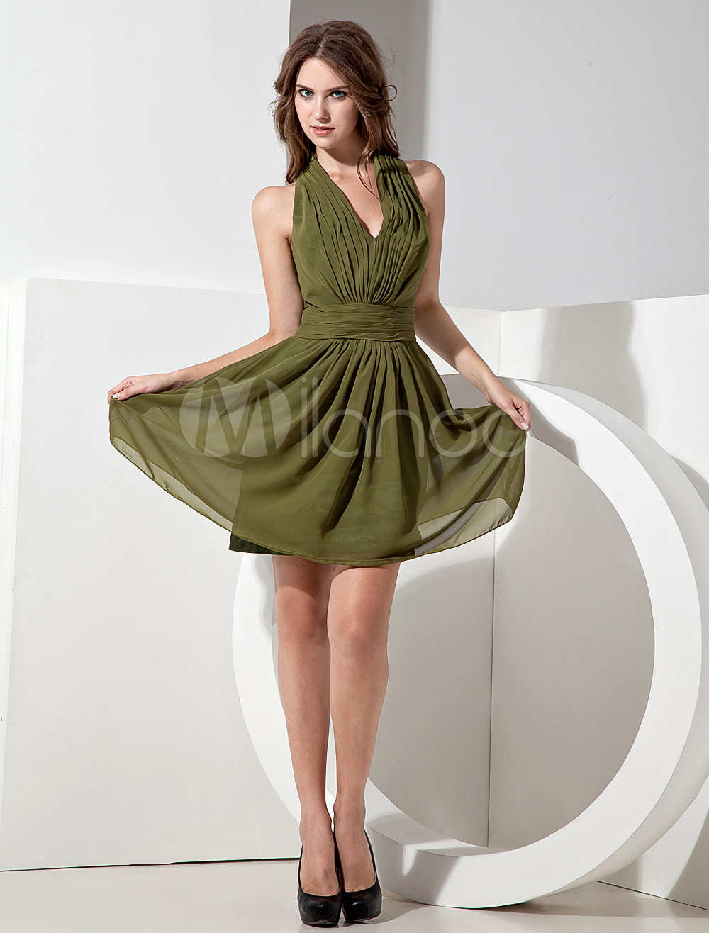 Hunter Green Chiffon Knee Length Halter A-line Bridesmaid Dress