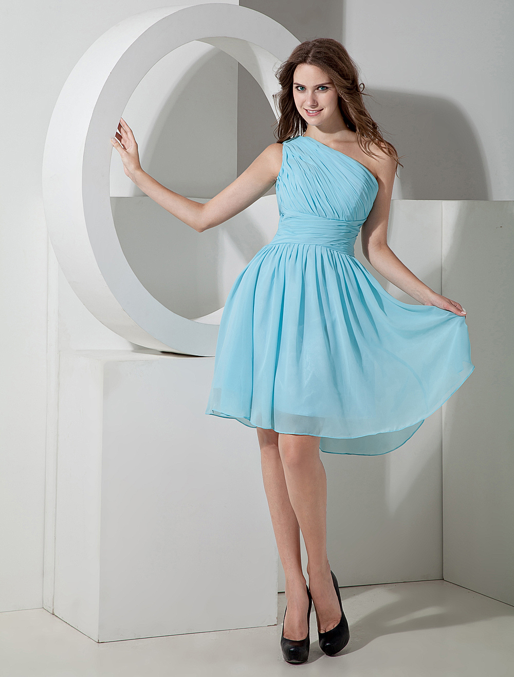 One-shoulder Chiffon Knee Length Bridesmaid Dress
