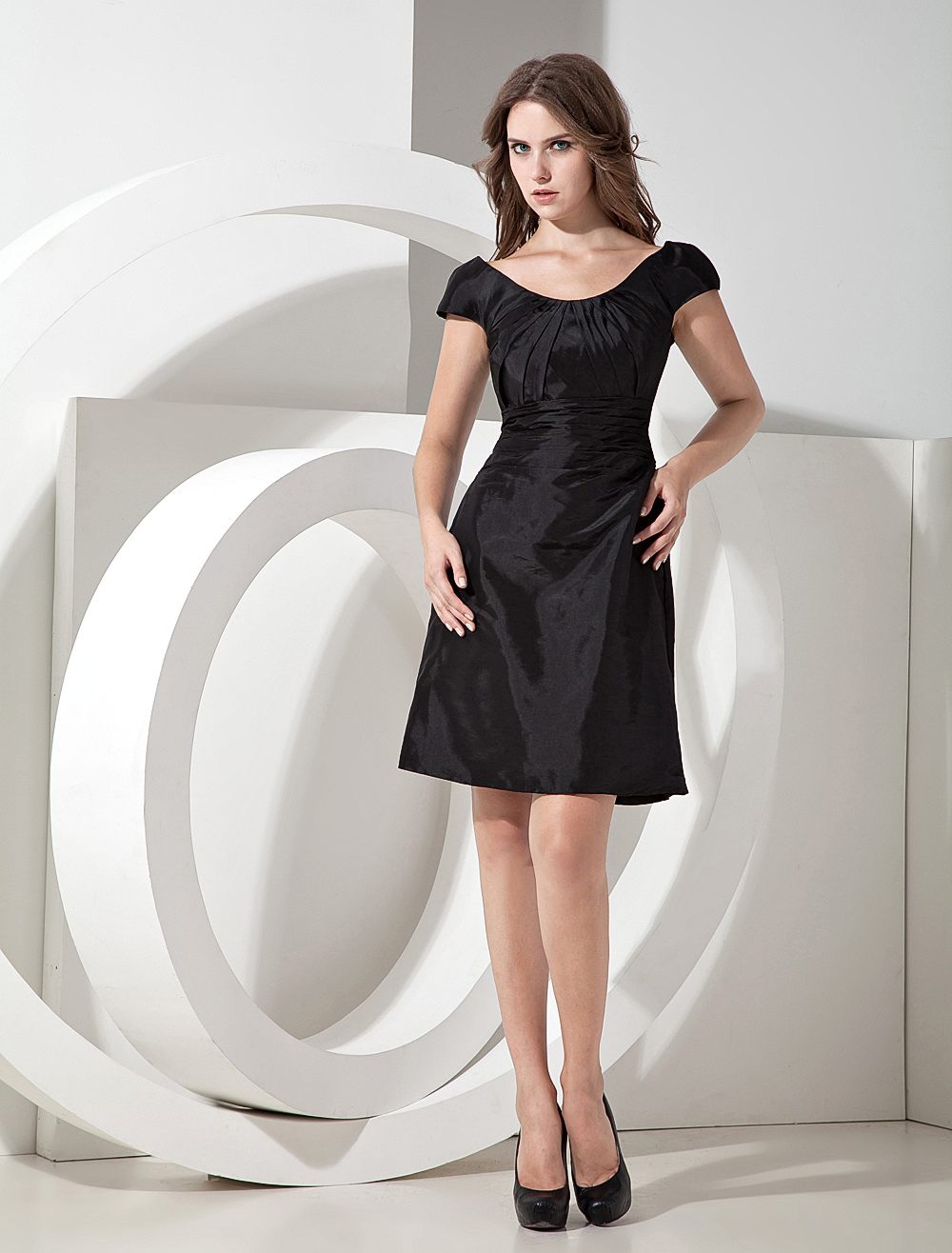 Black Taffeta Knee Length Bridesmaid Dress