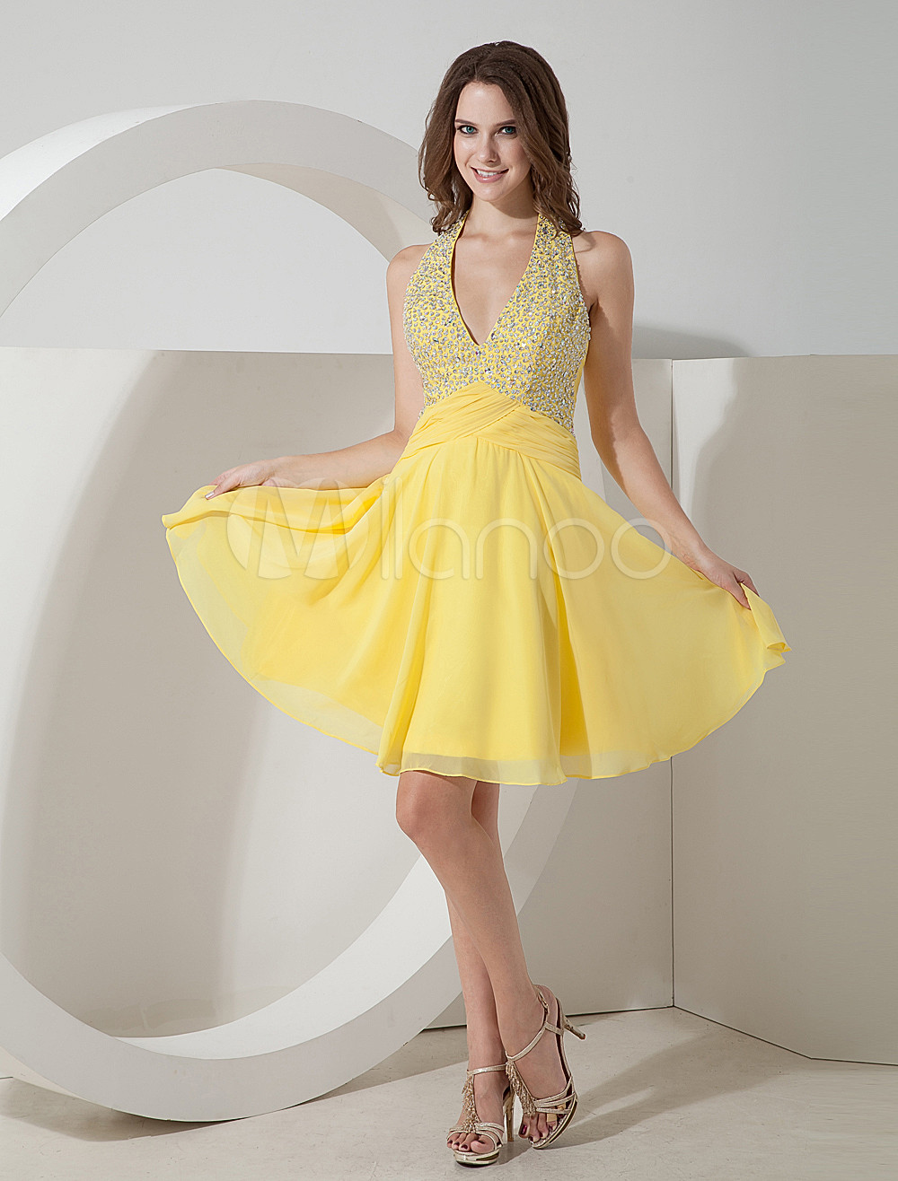 Yellow V-Neck Halter Beading Chiffon Homecoming Dress
