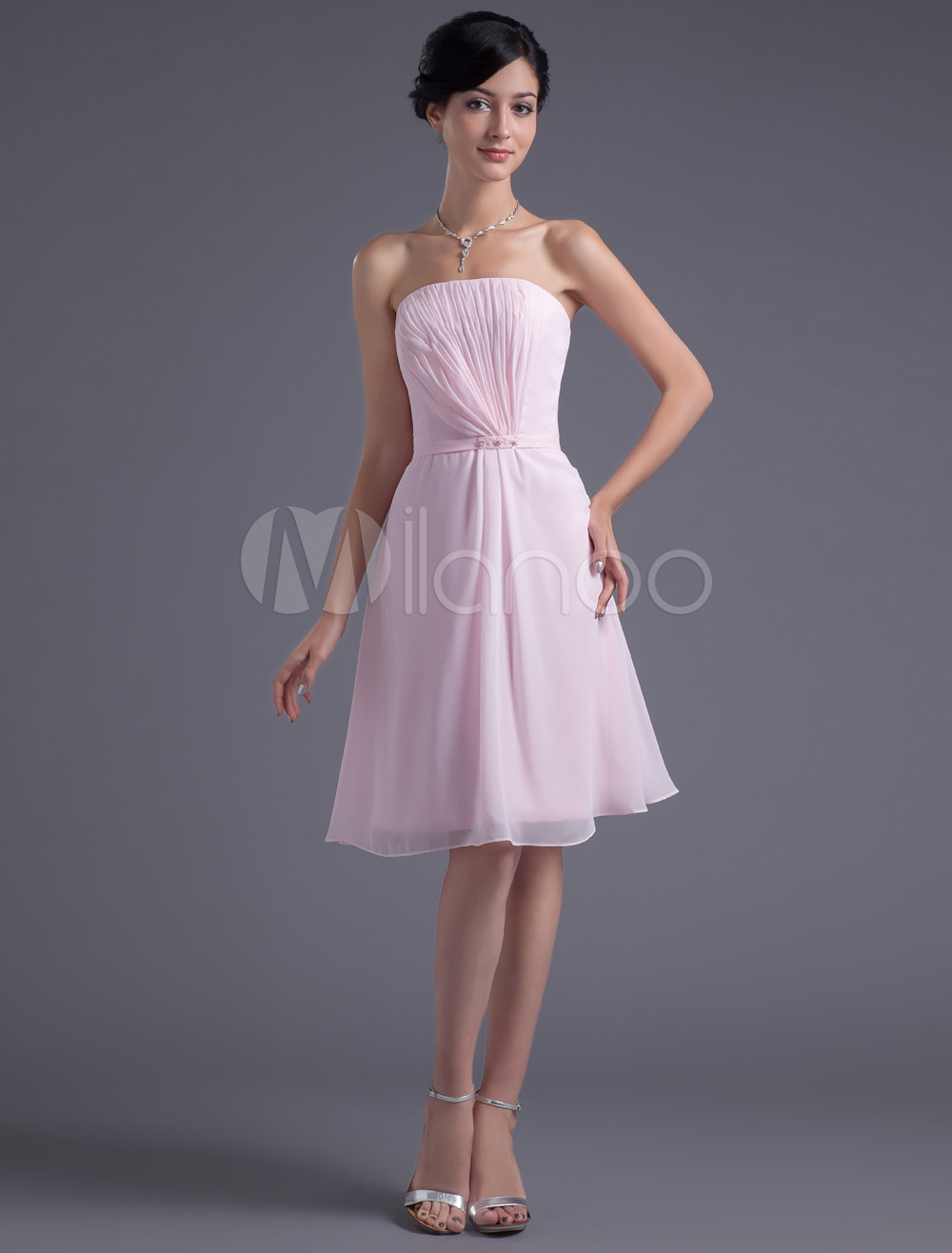 A-line Pink Chiffon Strapless Knee-Length Bridesmaid Dress For Wedding