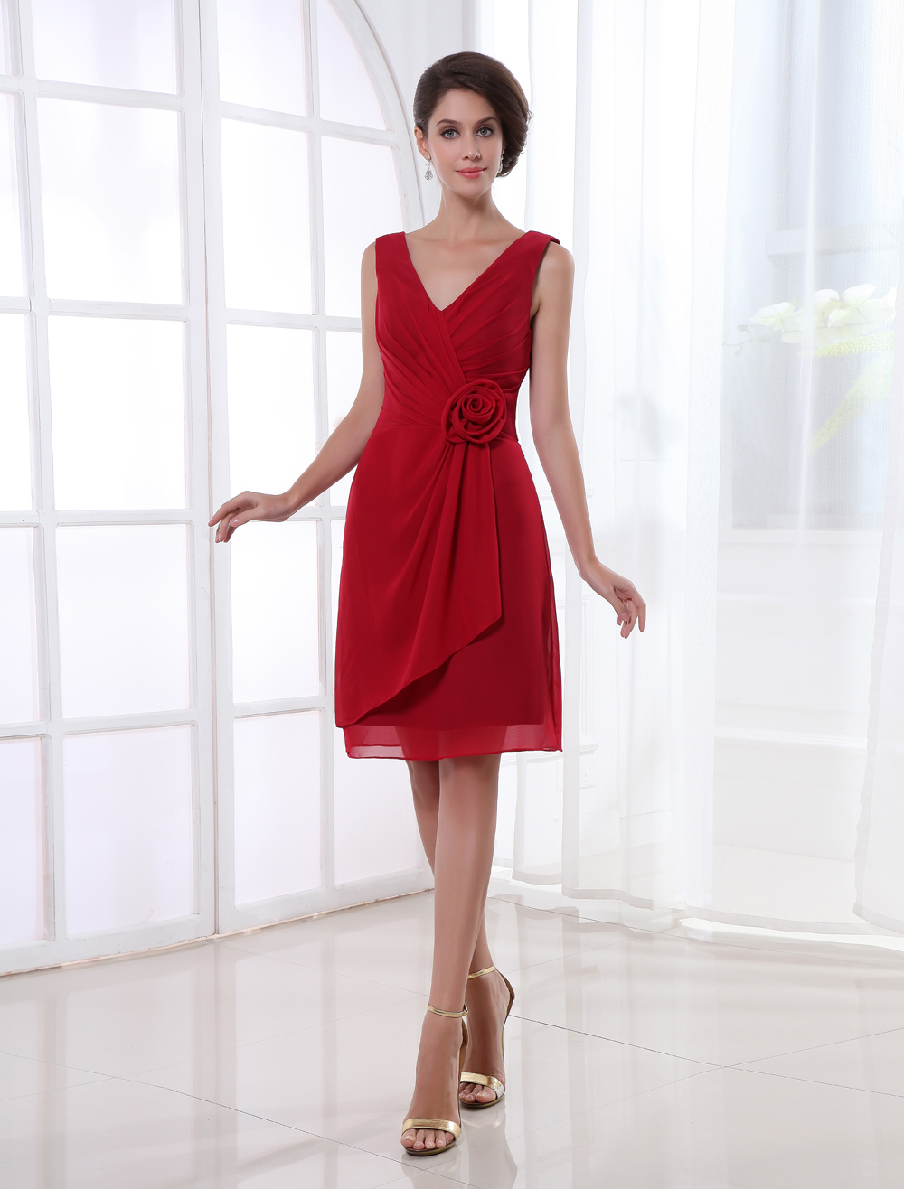 Sheath Burgundy Chiffon Flower V-Neck Knee-Length Bridesmaid Dress For Wedding