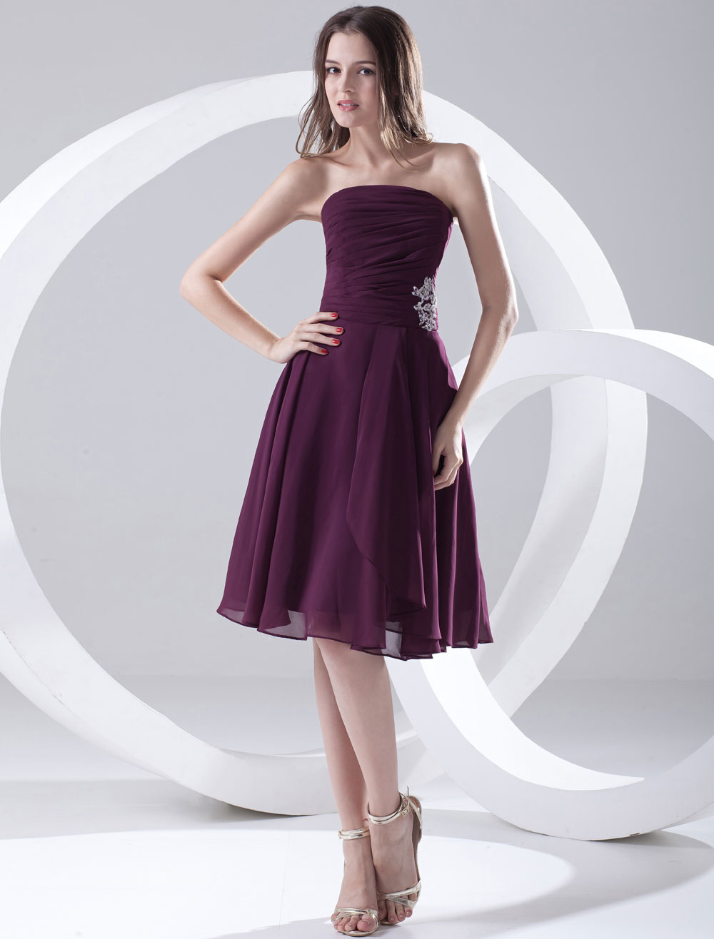 Gorgeous Knee-Length Grape Bridesmaid Dress with Strapless A-line Applique Chiffon