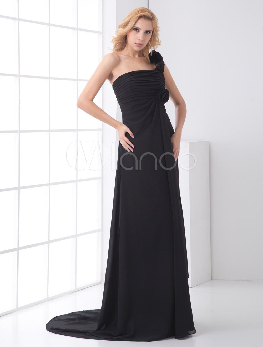 A-line Black Chiffon Floral One-Shoulder Court Train Wedding Bridesmaid Dress