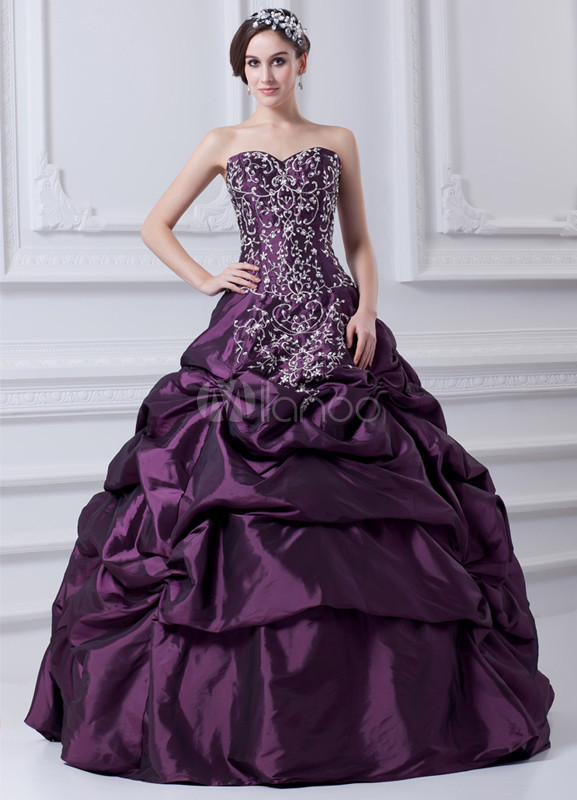 Embroidered Sweetheart Floor-Length Grape Taffeta Ball Gown