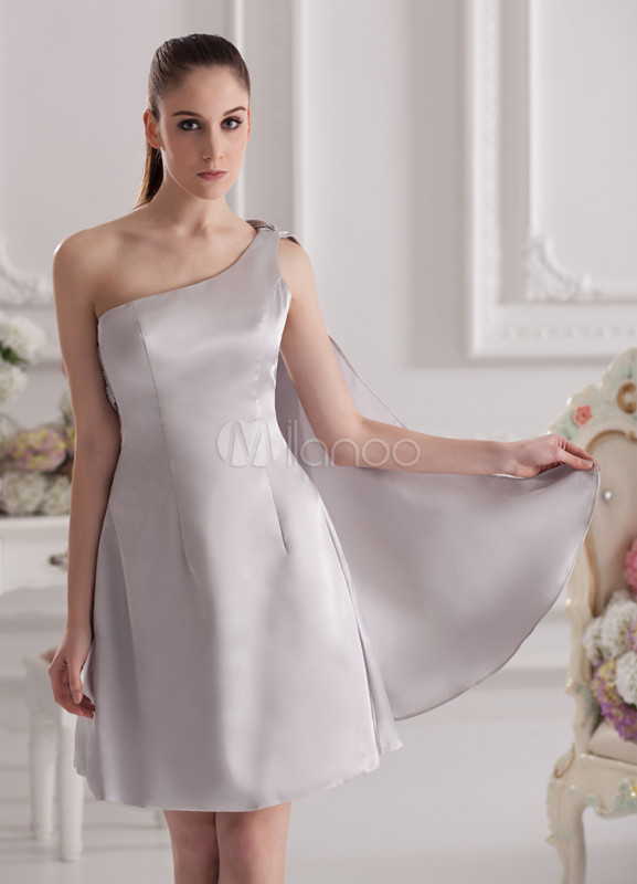 Charming Silver Elastic Woven Satin One-Shoulder Knee-Length Wedding Bridesmaid Dress