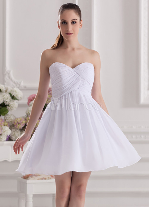 A-line White Chiffon Sweetheart Neck Short Wedding Bridesmaid Dress