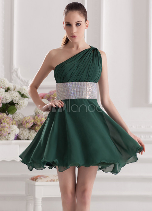 Charming Dark Green Chiffon One-Shoulder Short Wedding Bridesmaid Dress