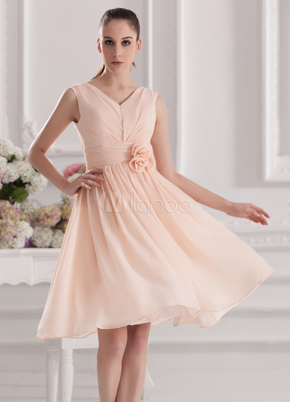 Elegant Orange Chiffon Flower V-Neck Knee-Length Bridesmaid Dress For Wedding