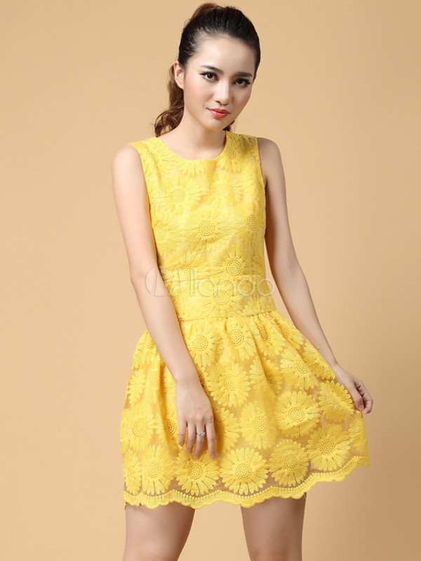 Sweet Yellow Flower Lace Crewneck Polyester Short Dress