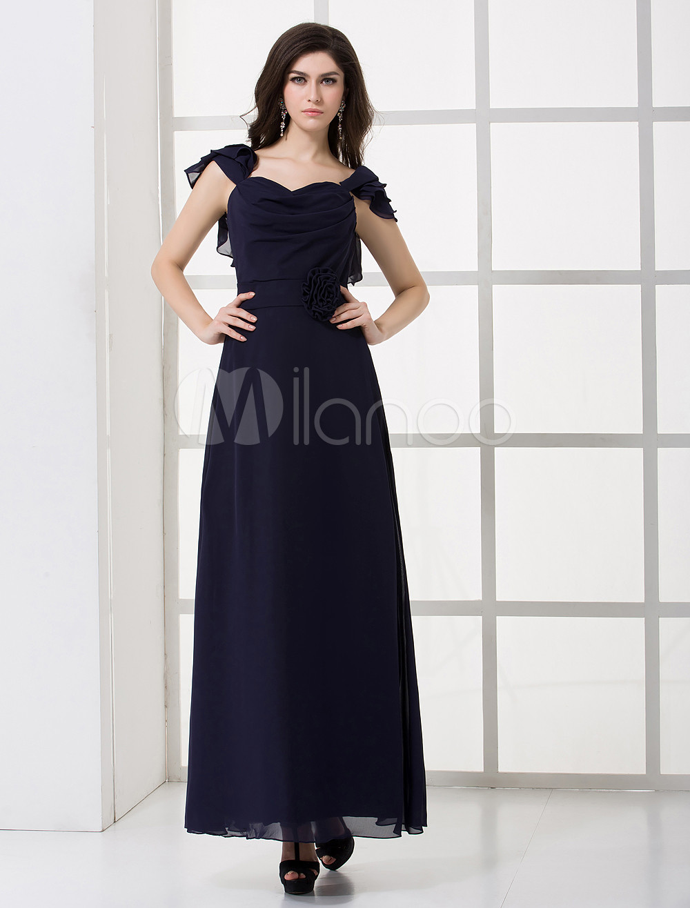 Beautiful Royal Blue Chiffon Flower Sweetheart Neck Floor-Length Bridesmaid Dress For Wedding