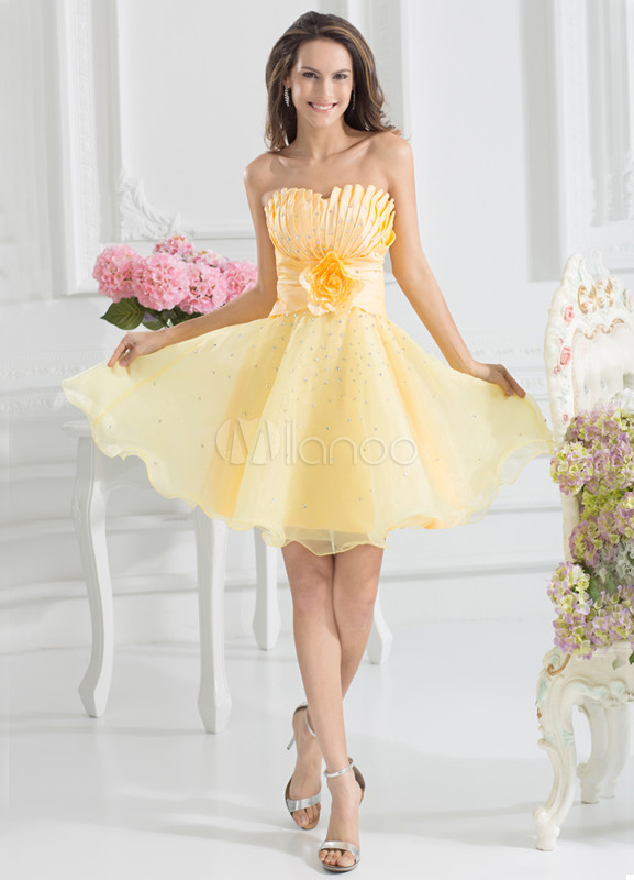Strapless Pleated Daffodil Elegant Bridesmaid Dress