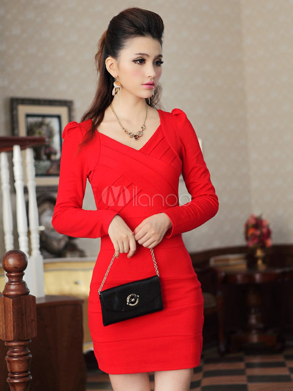Vestido Corto de Color Rojo