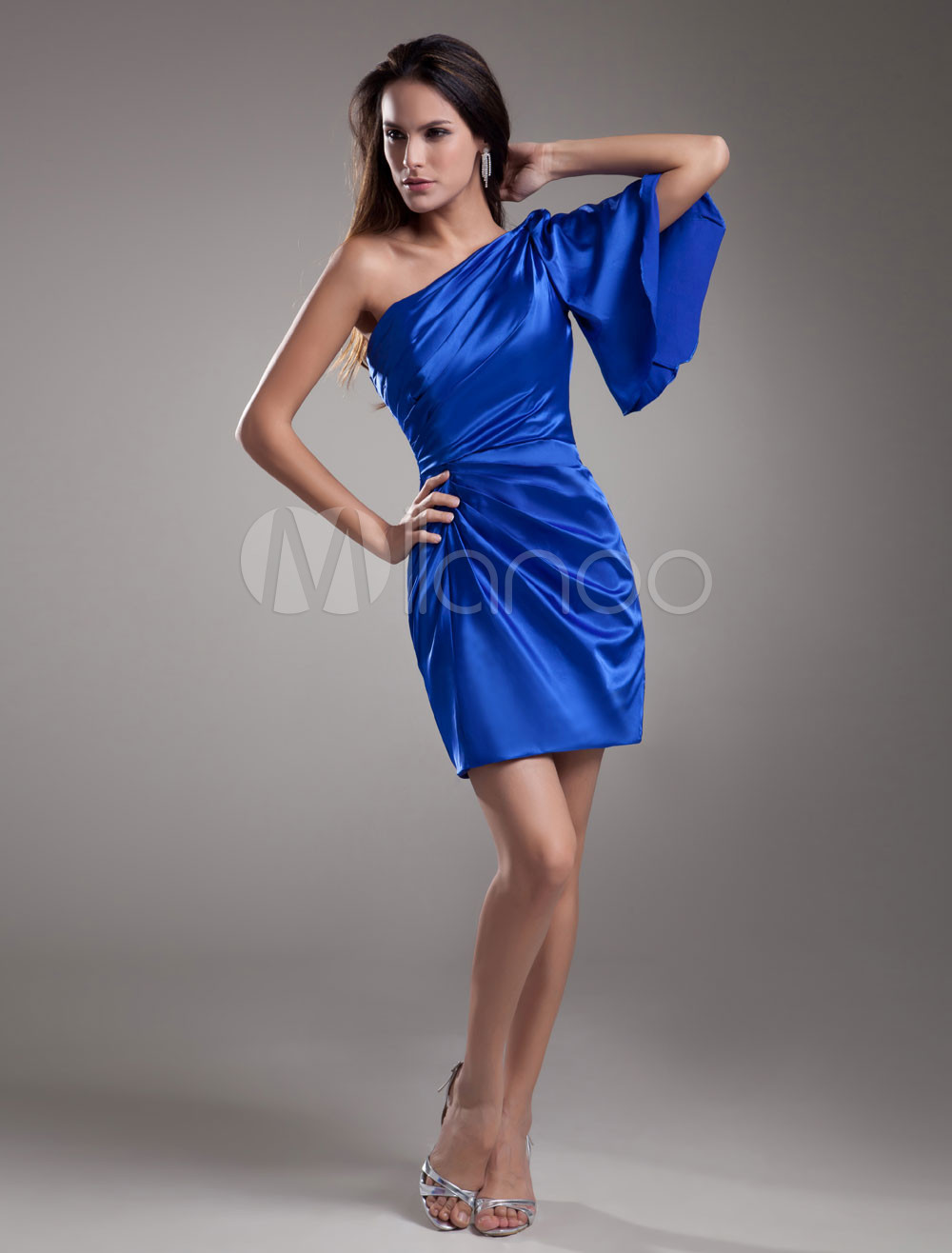 Sexy Sheath Royal Blue Elastic Woven Satin Tiered One-Shoulder Short Fashion Bridesmaid Dress
