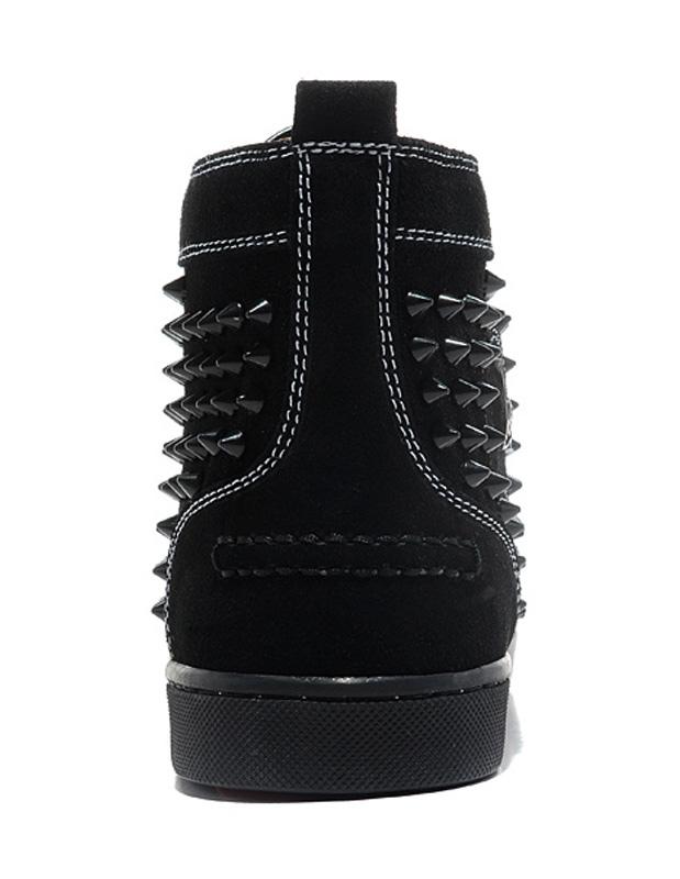 chaussures clout es en cuir su d noir unicolore. Black Bedroom Furniture Sets. Home Design Ideas