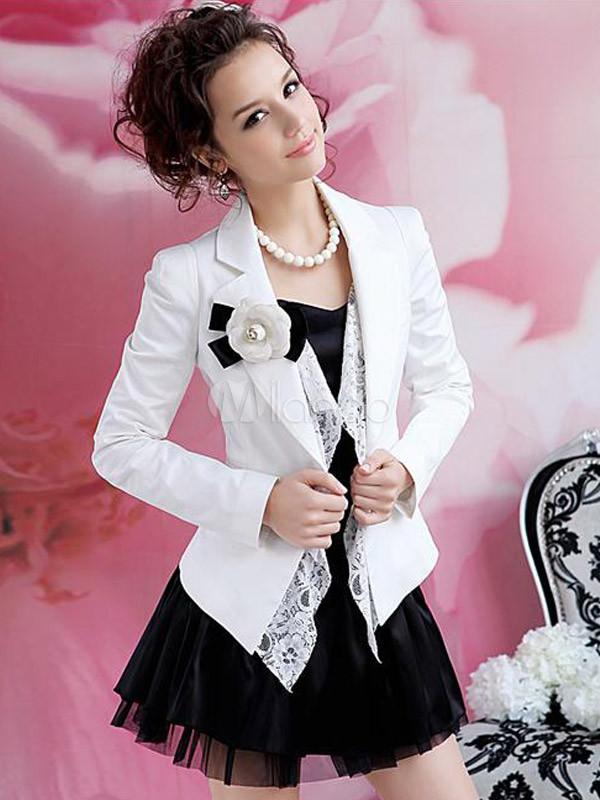 l gent costume de tenue f minine moderne blanc avec. Black Bedroom Furniture Sets. Home Design Ideas