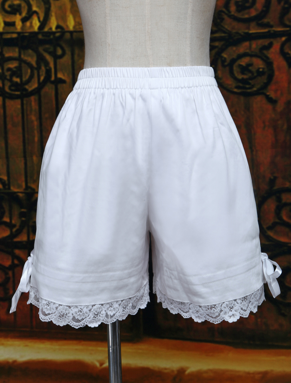 Sweet White Bow Cotton Lolita Shorts $26.99 AT vintagedancer.com