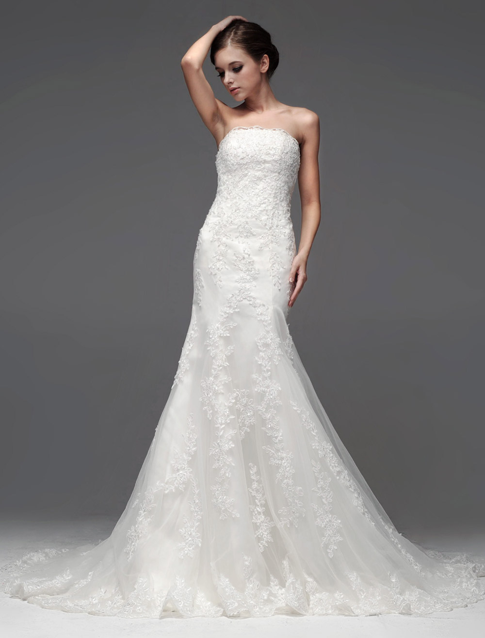 Court Train Strapless Bridal Wedding Dress photo