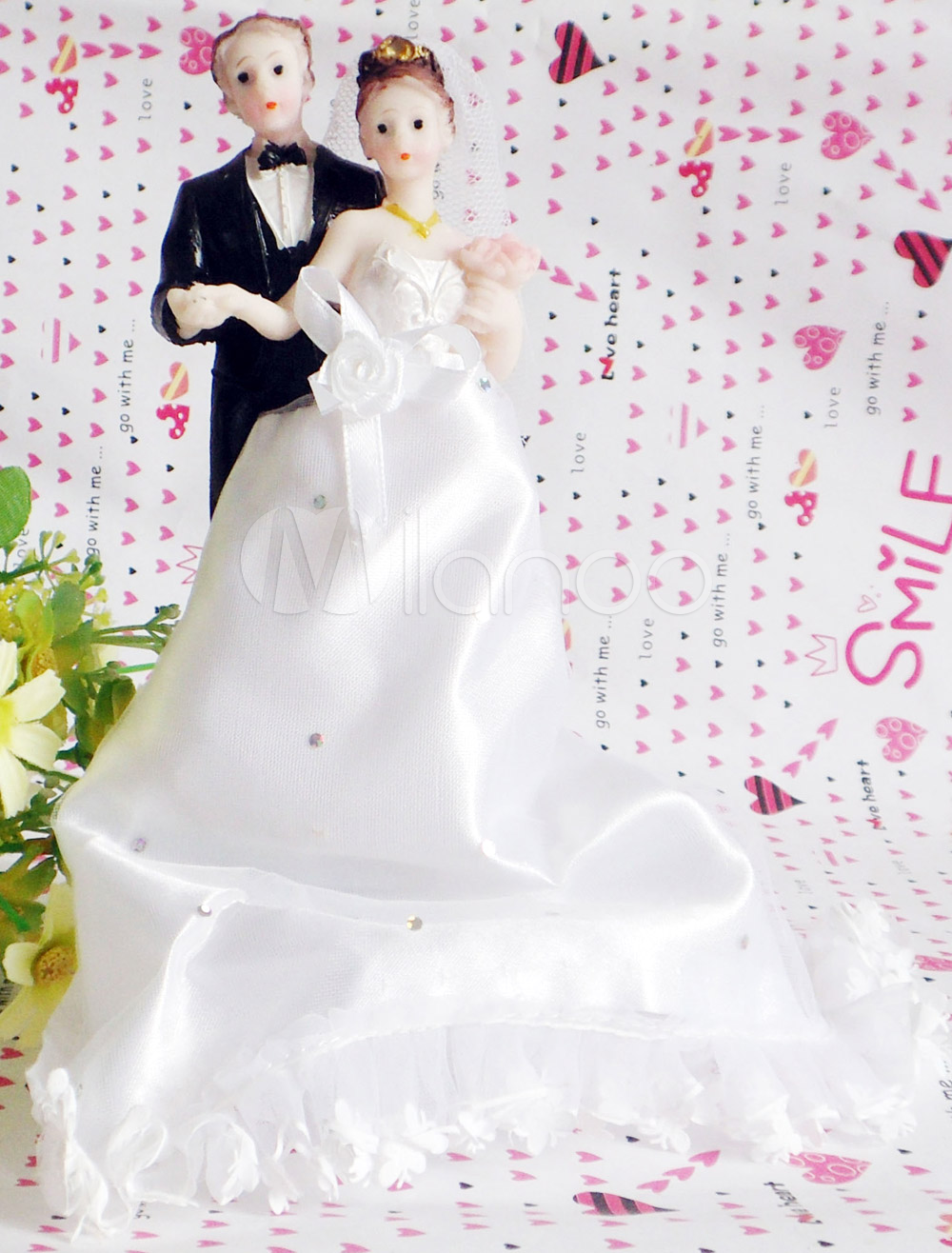 Fabulous Resin Figurine Classic Couple Wedding Cake Toppers