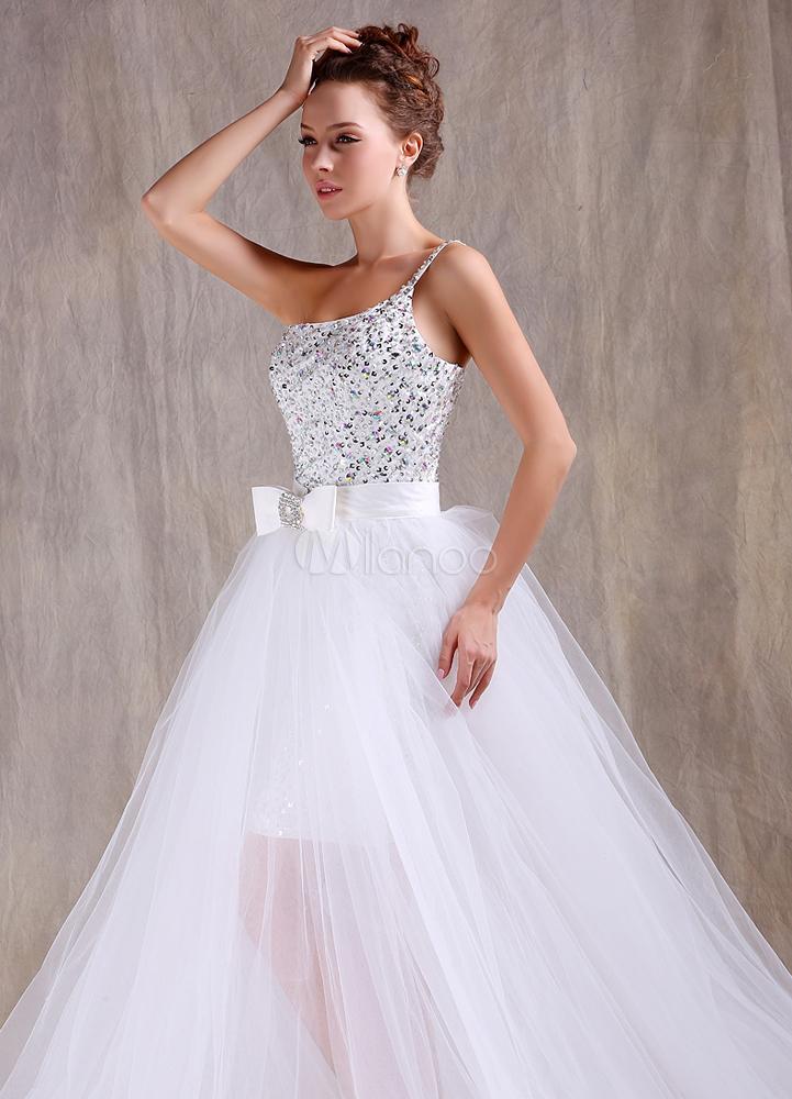 Elegantes Etui-Brautkleid aus Tüll mit Schleife und abnehmbarer ...