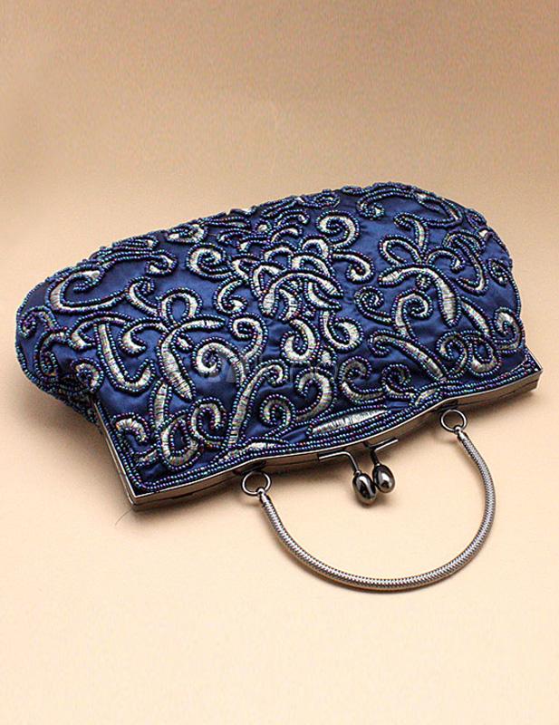 damen abendtasche mit knebelknopf und perlen applikation in blau. Black Bedroom Furniture Sets. Home Design Ideas