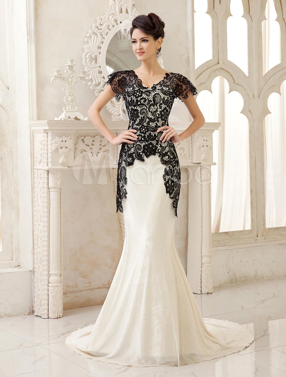 05a5ba17 03b0 40b9 b0d9 c85b1b280c84 jpg for Velvet and lace wedding dresses