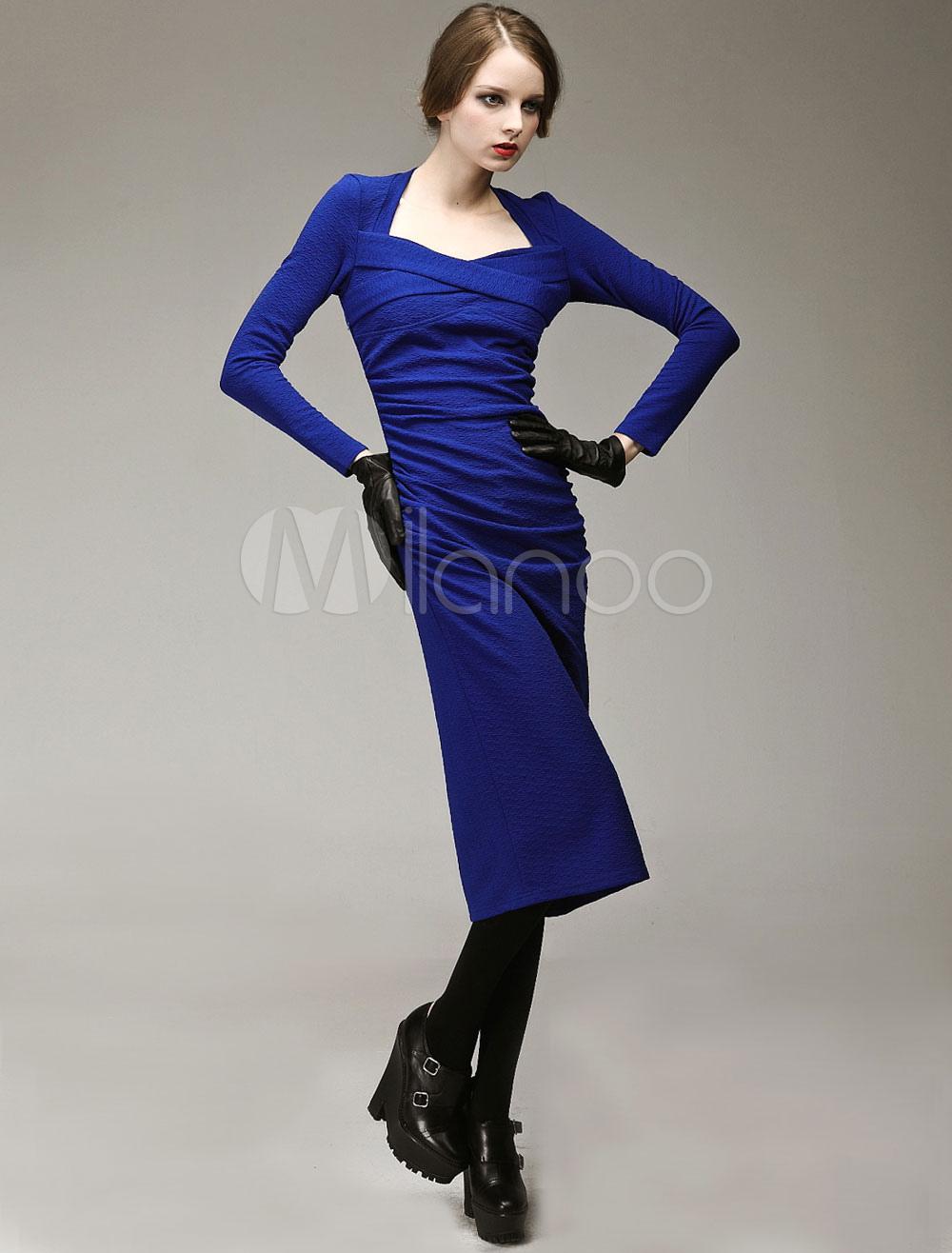 langes kleid aus jacquard mit langen rmeln in blau. Black Bedroom Furniture Sets. Home Design Ideas