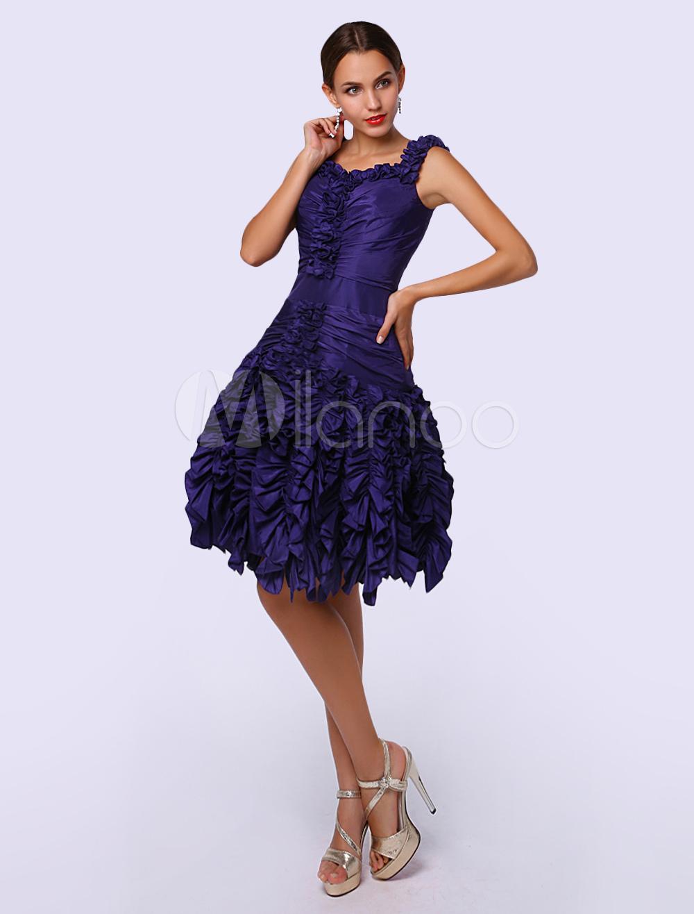 A-line Straps Neck Knee-Length Pleated Taffeta Cocktail Dress