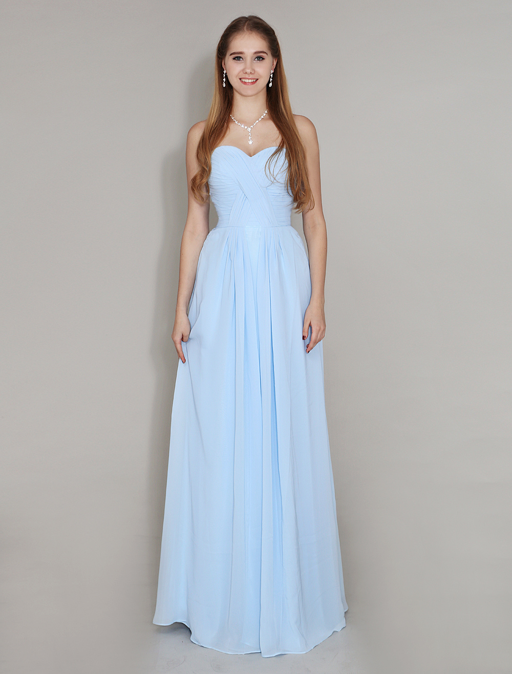 Pastel Blue Bridesmaid Dress Sweetheart Neck Floor Length Chiffon Ruched Wedding Party Dress