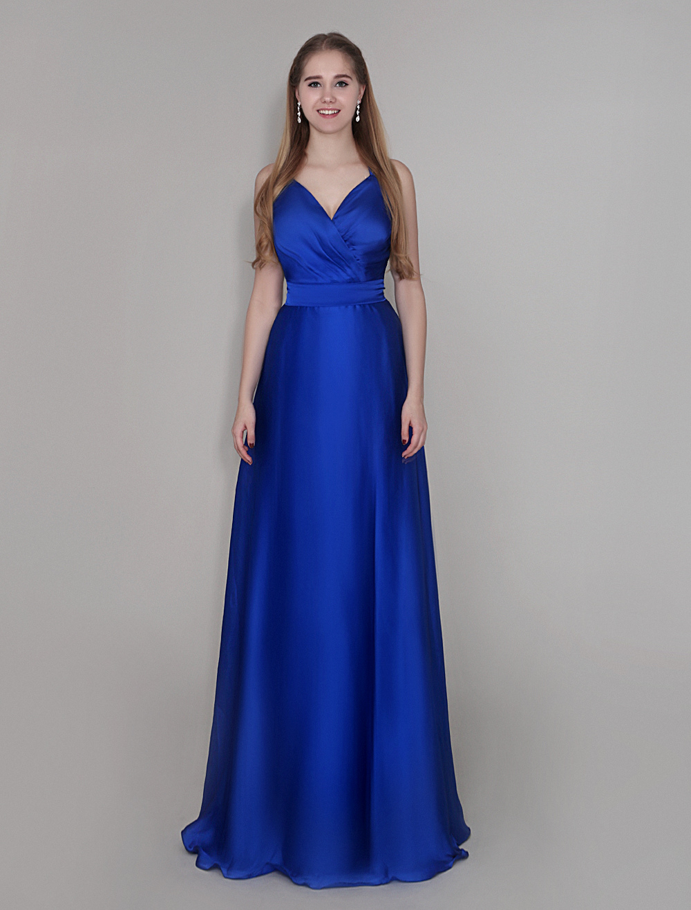 Floor-Length Bridesmaid Dress With V-Neck Sheath Pleated Chiffon