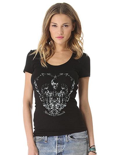 t shirt femme moulant en coton noir imprim squelette de c ur manche courte. Black Bedroom Furniture Sets. Home Design Ideas
