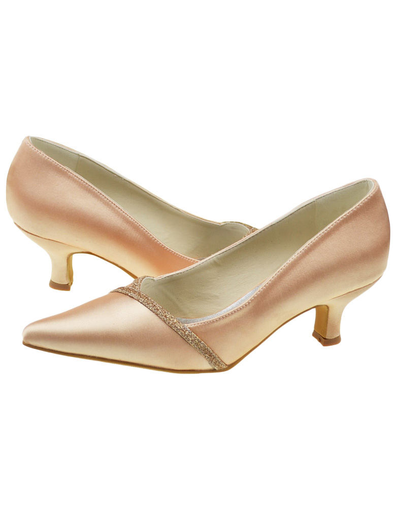 Champagne Kitten Heel Pointed Toe Formal Bridal Shoes - Milanoo.com