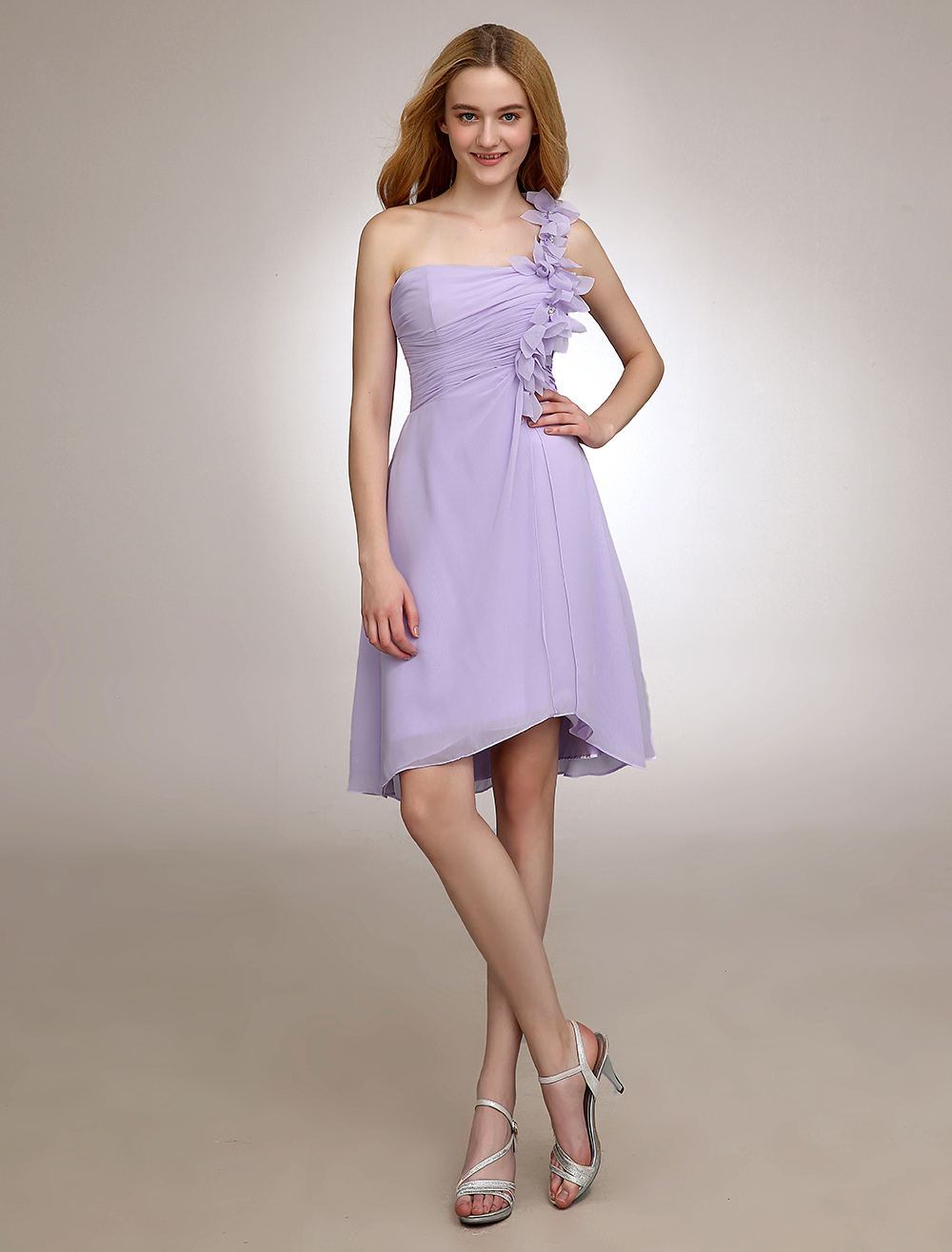 Lilac Short Bridesmaid Dress One Shoulder Pleated Chiffon Flower Backless Homecoming Dress